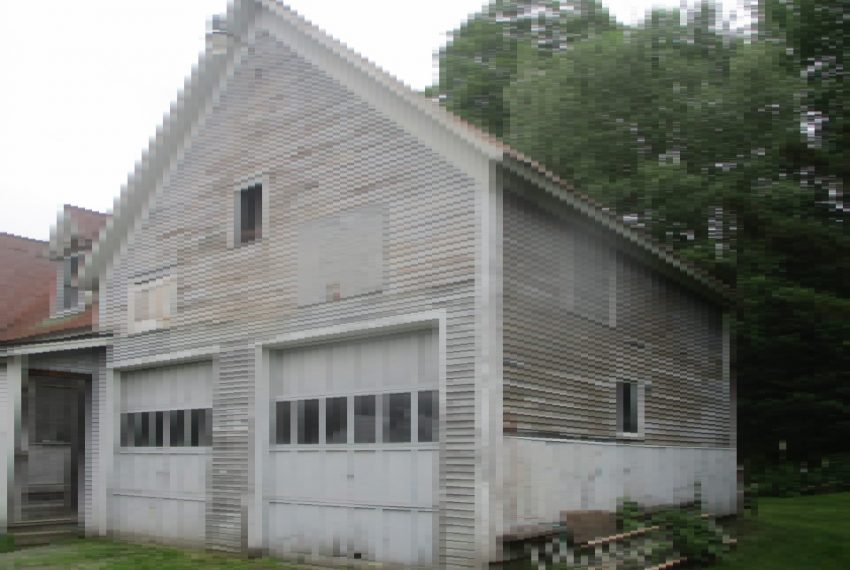 garage and west end
